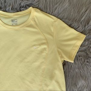 2000's Nike Pastel Yellow Tee
